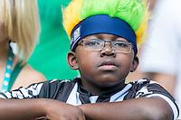 BELO HORIZONTE, MG, 26 JUNHO 2013 - COPA DAS CONFEDERACOES -  BRASIL X URUGUAI -  Torcedor da Seleção Brasileira antes da partida contra o Uruguai, jogo válido pelas Semi-finais da competição, no Estadio Mineirao em Belo Horizonte, Minas Gerais nesta Quarta, 26 (FOTO: NEREU JR / PHOTOPRESS).