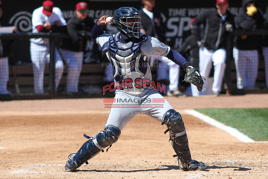 Cedar Rapids Kernels catcher Brian Navarreto (21) throws down to second base during a game against the Wisconsin Timber Rattlers on April 23rd, 2015 at Fox Cities Stadium in Appleton, Wisconsin.  Cedar Rapids defeated Wisconsin 3-0.  (Brad Krause/Four Seam Images)