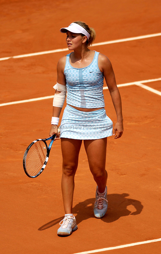 Photo. Jed Wee..French Open Tennis Championships, Roland Garros, Paris, France. 28/05/2003..Ashley Harkleroad.