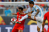 Action photo during the match Argentina vs Chile at Levis Stadium Copa America Centenario 2016. ---Foto  de accion durante el partido Argentina vs Chiler, En el Estadio de la Universidad de Phoenix, Partido Correspondiante al Grupo - D -  de la Copa America Centenario USA 2016, en la foto: (i)-(d) Jean Beausejour, Angel Di Maria<br /> --- 06/06/2016/MEXSPORT/PHOTOSPORT/ Andres Pina