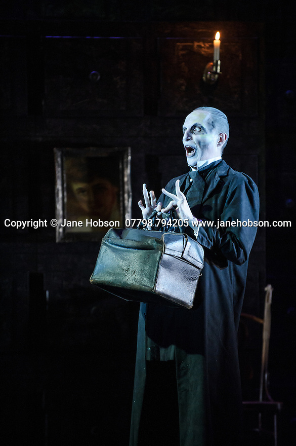 London, UK. 07.10.2015. English Touring Opera presents THE TALES OF HOFFMANN, at the Britten Theatre, Royal College of Music. Written by Jacques Offenbach, with libretto by Jules Barbier, this production is directed by James Bonas. Picture shows: Warwick Fyfe (Dr Miracle). Photograph © Jane Hobson.