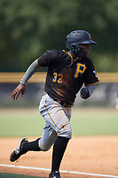 Pittsburgh Pirates Rodolfo Castro (32) runs home and is thrown out at the plate during a Florida Instructional League game against the New York Yankees on September 25, 2018 at Yankee Complex in Tampa, Florida.  (Mike Janes/Four Seam Images)