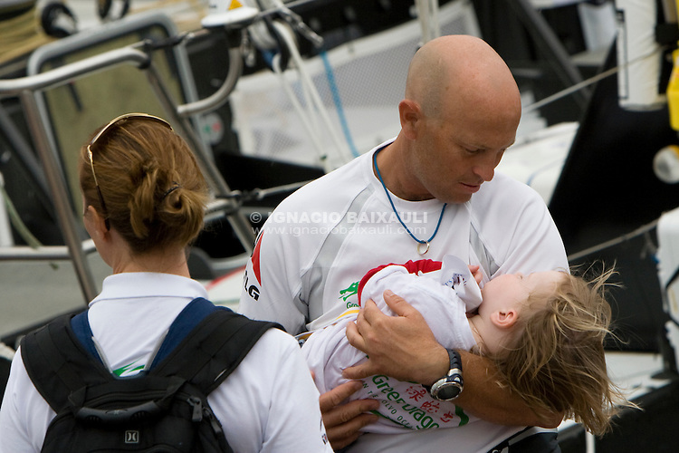 GREEN DRAGON RACING TEAM .Volvo Ocean Race leg 1 start in Alicante, Spain 11/10/2008 VOLVO OCEAN RACE 2008-2009