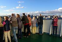Fähre im Hafen von St. Petersburg, Russland