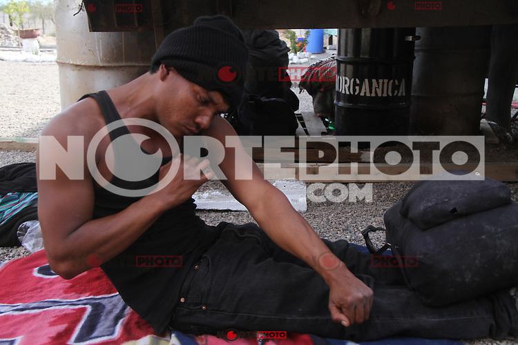 Migrantes Hondureños durante  su paso por Hermosillo con rumbo al Norte  se reúnen en un comedor a punto de medio día. .staff /nortephoto.com,CREDITO OBLIGATORIO***