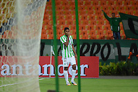 MEDELLÍN -COLOMBIA-27-08-2014. Aspecto del encuentro entre Atlético Nacional de Colombia y Deportivo La Guaira de Venezuela durante juego de Primera Fase, Zona Norte, Llave G11 de la Copa Total Sudamericana 2014 realizado en el estadio Atanasio Girardot de Medellín./ Aspect of match between Atletico Nacional of Colombia and Deportivo La Guaira of Venezuela during the match for the first Phase, north zone, key 11 of the Copa Total Sudamericana 2014 played at Atanasio Girardot stadium in Medellin. Photo: VizzorImage/Luis Ríos/STR