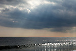 Single wave, New Jersey Shore, NJ, USA