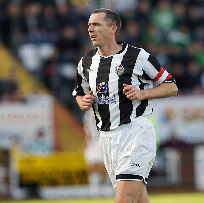 Kevin McGowne, St Mirren.stock season 2006-2007.pic willie vass