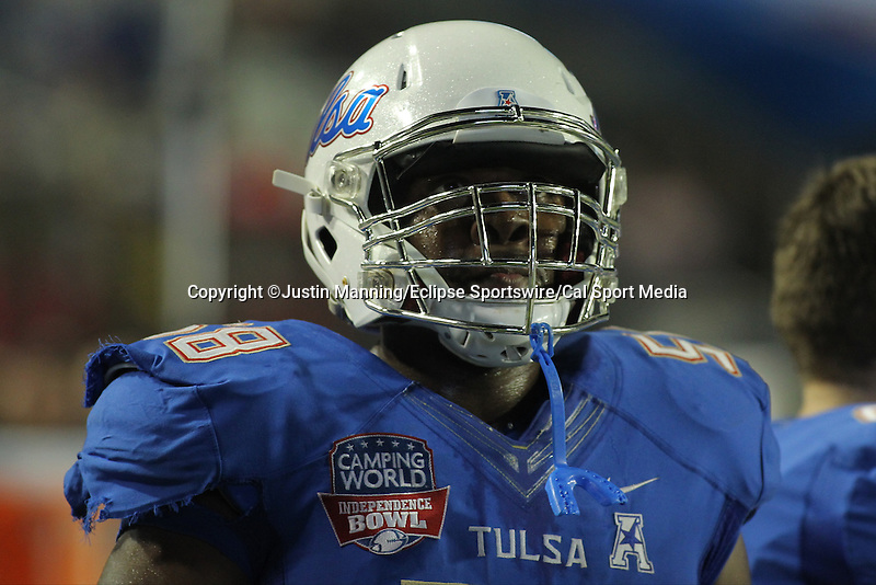 December 26, 2015: Tulsa OT Willie Wright on the sideline of the Camping World Independence Bowl at Independence Stadium in Shreveport, LA. Justin Manning/ESW/CSM