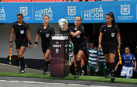 BOGOTÁ- COLOMBIA,14-07-2019:La arbitra central  Jenny Arias,acompañada de sus colegas Mary Blanco,Jenny Torres  y Maria Saldaña   durante el primer partido de la Liga Águila Femenina 2019 entre Millonarios y La Equidad  jugado en el estadio Nemesio Camacho El Campín de la ciudad de Bogotá. /Central referee Jenny Arias, accompanied by her colleagues Mary Blanco, Jenny Torres and Maria Saldaña  during the firts match between Millonarios and Equidad for the Liga Aguila women  2019 played at the Nemesio Camacho El Campin stadium in Bogota city. Photo: VizzorImage / Felipe Caicedo / Staff