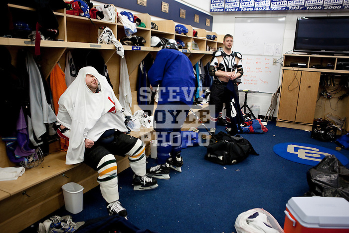 Gatorade REPLAY Season 2 - Catholic Central High School ice hockey..2010 © Steve Boyle
