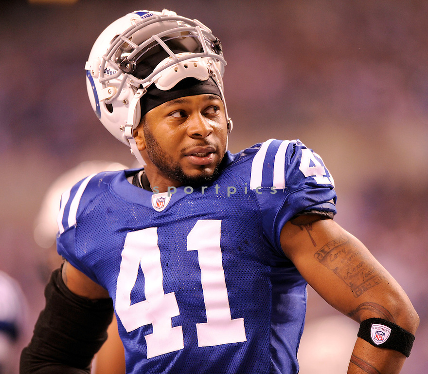 ANTOINE BETHEA, of the Indianapolis Colts, in action during the Colts game against the New York Jets on December 27, 2009 in Indianapolis, Indiana. Jets won 29-15.