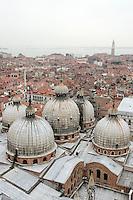 Veduta di Venezia dal Campanile di San Marco, con la Basilica in primo piano<br /> Overview of Venice from St. Mark's bell tower, with the Basilica in foreground.<br /> UPDATE IMAGES PRESS/Riccardo De Luca