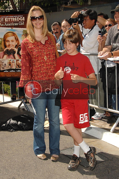 Lisa Kudrow and son Julian<br />