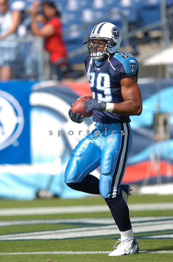 CHRIS BROWN, of the Tennessee Titans, in action during the Titans game against the Atlanta Falcons in Nashville, TN on October 7, 2007...Titans win20-13.....