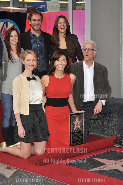 Actress Mary Steenburgen & husband Ted Danson & family was honored today with the 2,395th star on the world-famous Hollywood Walk of Fame..December 16, 2009  Los Angeles, CA.Picture: Paul Smith / Featureflash
