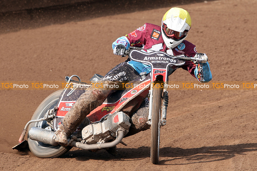 Stuart Robson of Lakeside - Ipswich Witches vs Lakeside Hammers at Foxhall Stadium, Ipswich - 10/04/09 - MANDATORY CREDIT: Rob Newell/TGSPHOTO - Self billing applies where appropriate - 0845 094 6026 - contact@tgsphoto.co.uk - NO UNPAID USE.