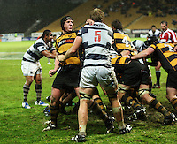 Taranaki captain Tony Penn and Auckland lock Andrew Van der Heijden have a brief discussion at the edge of a maul. Air New Zealand Cup rugby match - Taranaki v Auckland at Yarrows Stadium, New Plymouth, New Zealand. Friday 9 October 2009. Photo: Dave Lintott / lintottphoto.co.nz