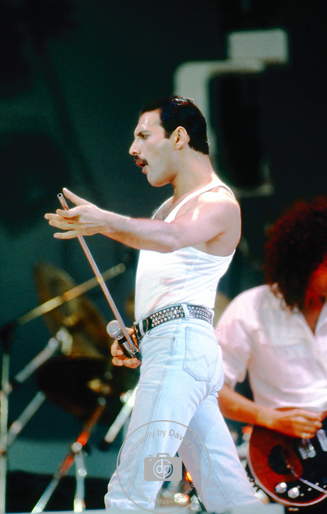 Freddie Mercury of Queen at Live Aid Queen , Live Aid 1985 Wembley Stadium