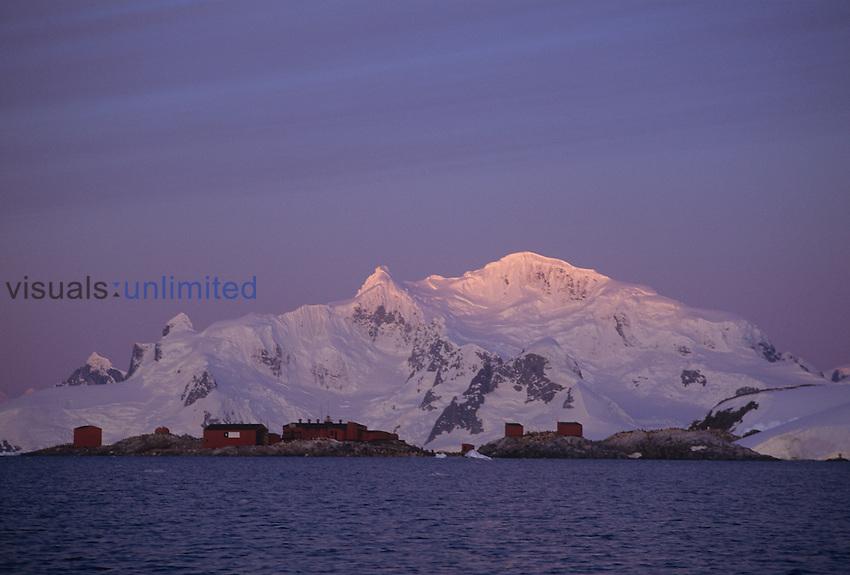 Scientific research statio ,Chilean,, Antarctica.