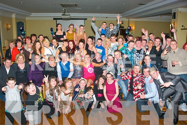 18TH CELEBRATION: Laura McCarthy, Killeen Woods, Tralee (seatred centre) had a massive group of family and friends gather in the Abbey Gate hotel, Tralee to celebrate her 18th birthday last Saturday night.