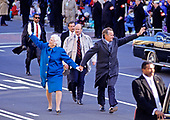United States President George H.W. Bush and first lady Barbara Bush  lead the Inaugural Parade down Pennsylvania Avenue after he was sworn-in as 41st President of the United States at the US Capitol on January 20, 1989. <br /> Credit: Ron Sachs / CNP