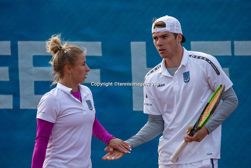 Zandvoort, Netherlands, 8 June, 2019, Tennis, Play-Offs Competition, Mixed doubles: Valentyna Ivakhnenko/Ryan Nijboer<br /> Photo: Henk Koster/tennisimages.com