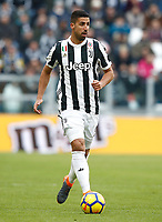 Calcio, Serie A: Juventus - Sassuolo, Torino, Allianz Stadium, 4 Febbraio 2018. <br /> Juventus' Sami Khedira in action during the Italian Serie A football match between Juventus and Sassuolo at Torino's Allianz stadium, February 4, 2018.<br /> UPDATE IMAGES PRESS/Isabella Bonotto