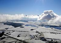 Winterlandschaft: EUROPA, DEUTSCHLAND, MECKLENBURG- VORPOMMERN, (EUROPE, GERMANY),  WITTENBURG, 17.02.2009: Winterlandschaft bei Wittenburg, Wolken, Schnee, Winter,  Luftbild, Draufsicht, Luftaufnahme, Luftansicht, Luftblick, Flugaufnahme, Flugbild, Vogelperspektive, Ueberblick, Uebersicht,  Aufwind-Luftbilder.c o p y r i g h t : A U F W I N D - L U F T B I L D E R . de.G e r t r u d - B a e u m e r - S t i e g 1 0 2, .2 1 0 3 5 H a m b u r g , G e r m a n y.P h o n e + 4 9 (0) 1 7 1 - 6 8 6 6 0 6 9 .E m a i l H w e i 1 @ a o l . c o m.w w w . a u f w i n d - l u f t b i l d e r . d e.K o n t o : P o s t b a n k H a m b u r g .B l z : 2 0 0 1 0 0 2 0 .K o n t o : 5 8 3 6 5 7 2 0 9.V e r o e f f e n t l i c h u n g  n u r  m i t  H o n o r a r  n a c h M F M, N a m e n s n e n n u n g  u n d B e l e g e x e m p l a r !.