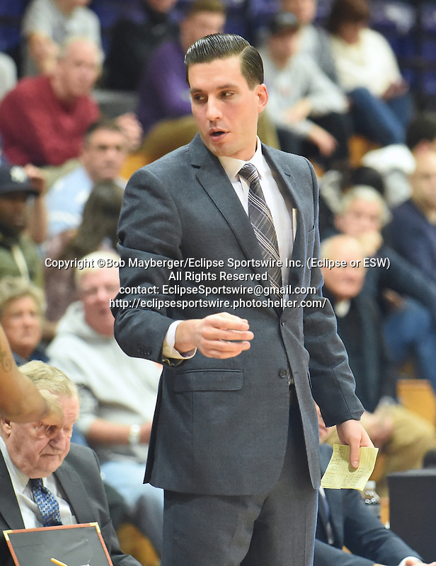 Albany defeats Holy Cross 88-84 in overtime on December 05, 2015 at Hart Recreation Center in Worcester, Massachusetts.  (Bob Mayberger/Eclipse Sportswire)