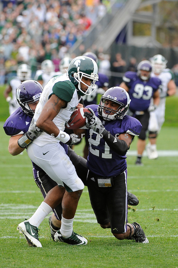 BJ CUNNINGHAM, of the Michigan State Spartans, in action during the Spartans game against the Northwestern Wildcats at Ryan Field on October 23, 2010  in Evanston...Michigan State beat Northwestern 35-27.