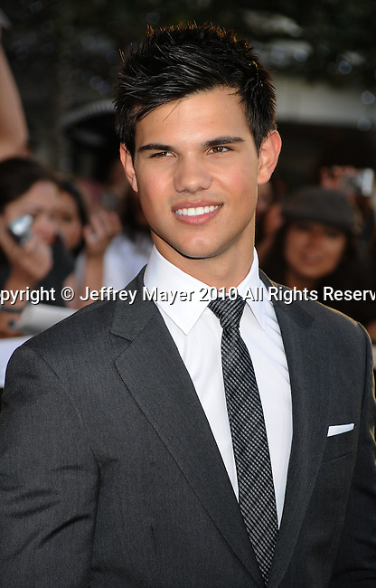 """LOS ANGELES, CA. - June 24: Taylor Lautner arrives to the premiere of """"The Twilight Saga: Eclipse"""" during the 2010 Los Angeles Film Festival at Nokia Theatre L.A. Live on June 24, 2010 in Los Angeles, California."""