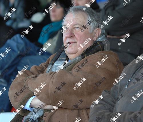 2007-11-18 / Voetbal / Verbr. Geel - MSK Deinze / Voorzitter Geel..Foto: Maarten Straetemans