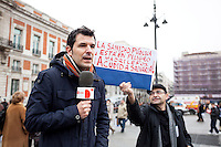 Live tv presenter during the first 2013  Spanish protest against health privatization