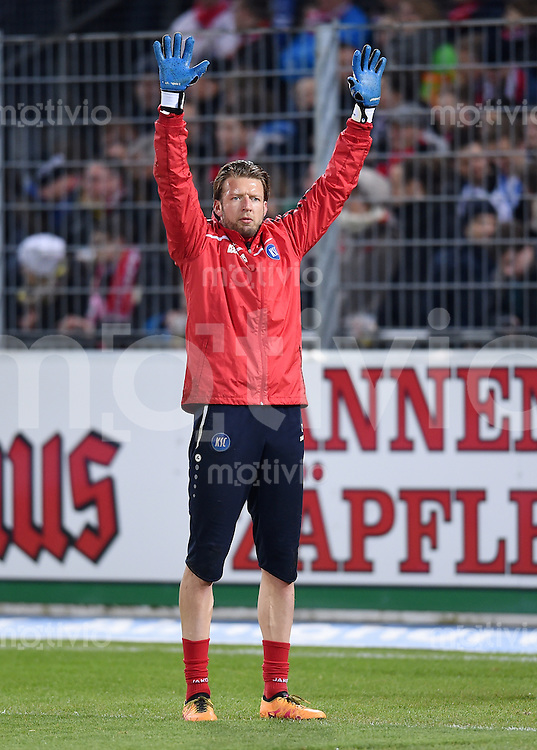 Fussball  2. Bundesliga  Saison 2015/2016  27. Spieltag SC Freiburg - Karslruher SC        13.12.2015 Torwart Dirk Orlishausen (Karslruher SC)
