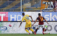 Calcio, Serie A: Frosinone, stadio Comunale, 12 settembre 2015.<br /> Roma&rsquo;s Iago Falque, right, kicks to score during the Italian Serie A football match between Frosinone and Roma at Frosinone Comunale stadium, 12 September 2015.<br /> UPDATE IMAGES PRESS/Riccardo De Luca