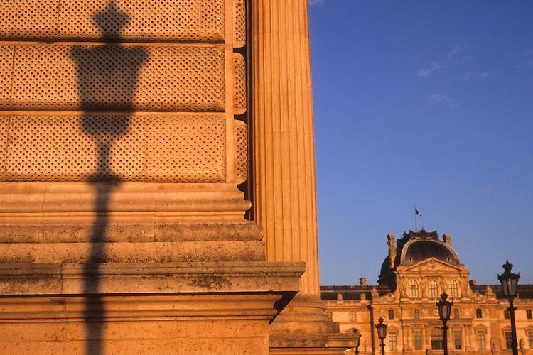 Musée du Louvre, Paris, 2011.