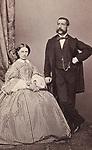 Ehepaar Rosmini. Ganzfigur. Um 1865. Photographie von M. Lotze (Verona). <br /> <br /> - 01.01.1865-31.12.1865<br /> <br /> Es obliegt dem Nutzer zu pr&uuml;fen, ob Rechte Dritter an den Bildinhalten der beabsichtigten Nutzung des Bildmaterials entgegen stehen.<br /> <br /> Married couple Rosmini. About 1865. Photograph by M. Lotze (Verona). <br /> <br /> - 01.01.1865-31.12.1865<br /> <br /> It is in the duty of the user of the image to clear prior to usage if any Third Party rights preclude the intended use.