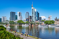 Germany, Hesse, Frankfurt on the Main: view across river Main and bridge Eiserner Steg towards Frankfurt's skyline with Commerzbank Tower and MAIN TOWER | Deutschland, Hessen, Frankfurt am Main: Blick ueber den Main und Eisernen Steg auf Frankfurts Skyline mit dem Commerzbank Tower und dem MAIN TOWER