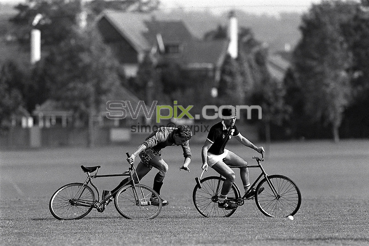 Pix:Michael Steele/SWpix...Bicycle Cross, Croyden, 1987...COPYRIGHT PICTURE>>SIMON WILKINSON..Bicycle Cross, Croyden.