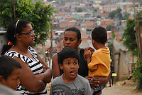 CARAPICUIBA, SP - 31.01.2012 - FAVELA SAVOY CARAPICUIBA - Favela da Savoy em Carapicuiba sera desocupada pela Policia Militar em uma reintegracao de posse no proximo dia 6 de marco.   (Foto: Renato Silvestre/NewsFree)