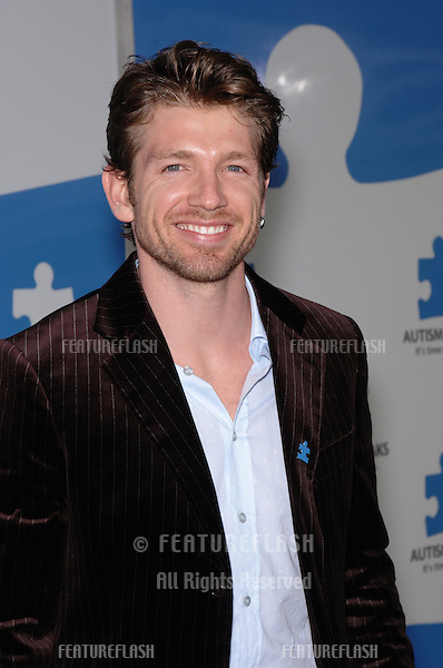 """Actor REYNALDO ROSALES at """"One Night Only: A Concert for Autism Speaks"""" Gala at the Kodak Theatre, Hollywood..September 24, 2005  Los Angeles, CA..© 2005 Paul Smith / Featureflash"""