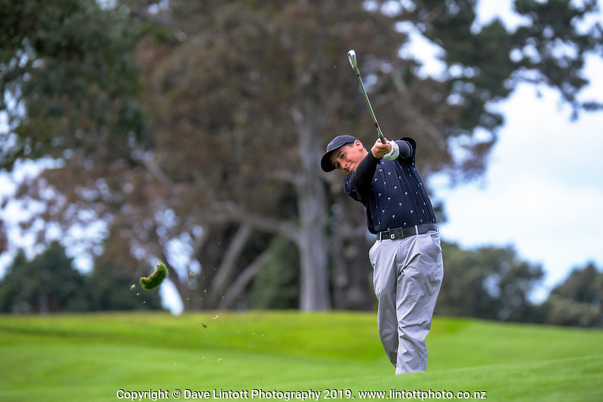 Boys' golf champion Robby Turnbull (Remuera Intermediate). 2019 AIMS games at Mount Maunganui Golf Club in Mount Maunganui, New Zealand on Thursday, 12 September 2019. Photo: Dave Lintott / lintottphoto.co.nz