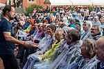 20.06.2019, JVA Frauen, Vechta, JVA Open Air 2019. Radio Doria und Jan Josef Liefers, <br /> <br /> Radio Doria - Jan Josef Liefers & Band - Open-Air in der JVA für Frauen in Vechta <br /> <br /> Stimmunng pur für die 800 Besucher im Innenhof der JVA - Jan Josef Liefers zum anfassen - des öfteren ging er durch die Reihenn um den Besuchern ganz nah zu sein. Trotz Dauerregen war die Stimmung prächtig. Stehende Ovationen am Ende seiner Show<br /> <br /> <br /> Foto © nordphoto / Kokenge