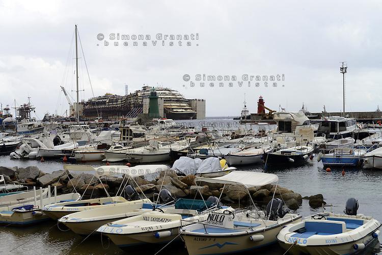 Isola del Giglio, 21 Luglio 2014<br /> Operazione di rimozione della nave da crociera Costa Concordia, naufragata il 13 Gennaio del 2012.<br /> <br /> Concordia Wreck Removal Project, Giglio Island