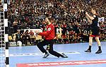 10.01.2019, Mercedes Benz Arena, Berlin, GER, Handball WM 2019, Deutschland vs. Korea, im Bild <br /> Andreas Wolff (GER #33), Finn Lemke (GER #6)<br /> <br />      <br /> Foto © nordphoto / Engler