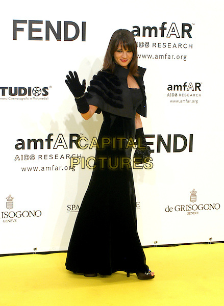 ASIA ARGENTO.Inauguration for the amfARr's Cinema Against AIDS during the 2nd Annual Rome Film Festival, Rome, Italy, .26 October 2007..full length black dress gloves shrug cropped jacket hand waving.CAP/CAV.©Luca Cavallari/Capital Pictures.