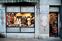 Showroom and shopfront of ' Ca' Macana ', in the Dorsoduro district of Venice. Artisan masks by Mario Belloni
