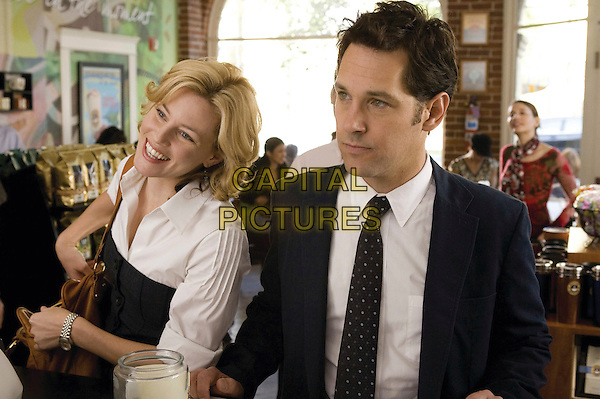ELIZABETH BANKS & PAUL RUDD.in Role Models.*Filmstill - Editorial Use Only*.CAP/FB.Supplied by Capital Pictures.