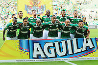 CALI - COLOMBIA -13-07-2016: Los jugadores de Deportivo Cali, posan para una foto durante partido entre Deportivo Cali y La Equidad, por la fecha 3 de la Liga Aguila II-2016, jugado en el estadio Deportivo Cali (Palmaseca)  de la ciudad de Cali. / The Players of Deportivo Cali, pose for a photo during a match between Deportivo Cali and La Equidad for the date 3 for the Liga Aguila II-2016 at the Deportivo Cali (Palmaseca) stadium in Cali city. Photo: VizzorImage  / Nelson Rios / Cont